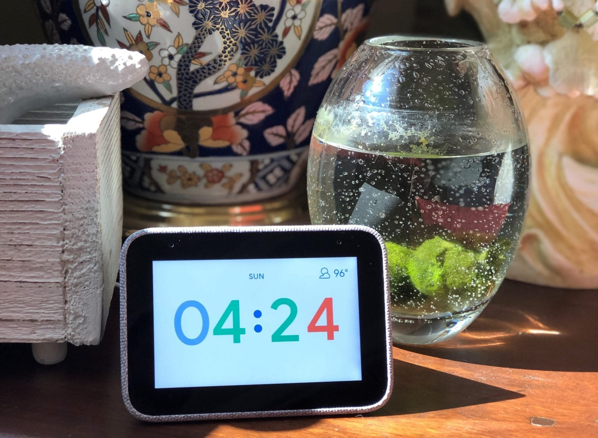Lenovo Smart Clock spotted in smart home