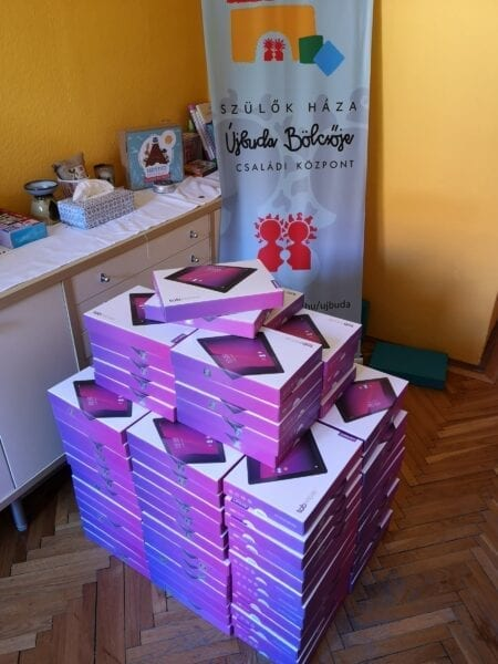 Tablet donations to the House of Parents Foundation in Hungary will help disadvantaged schoolchildren in orphanages by assisting them in their digital education while schools are closed.
